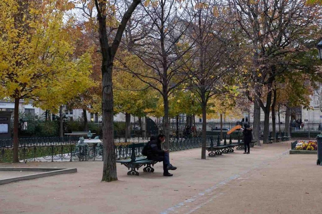 גינה ציבורית פריז ענבל כבירי רובע המארה
