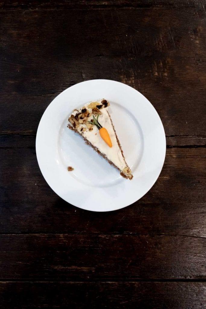 עוגת גזר טבעונית קלאוד קייקס פריז