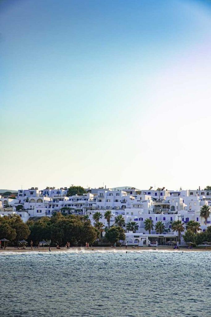 בתים לבנים פארוס יוון ענבל כבירי