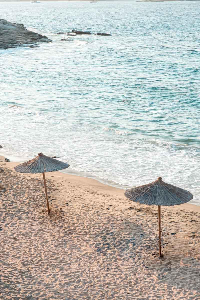 חוף פארוס יוון ענבל כבירי