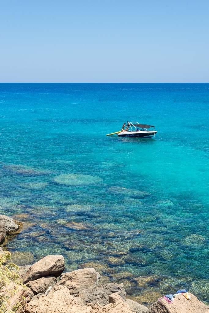 ענבל כבירי קפריסין ים