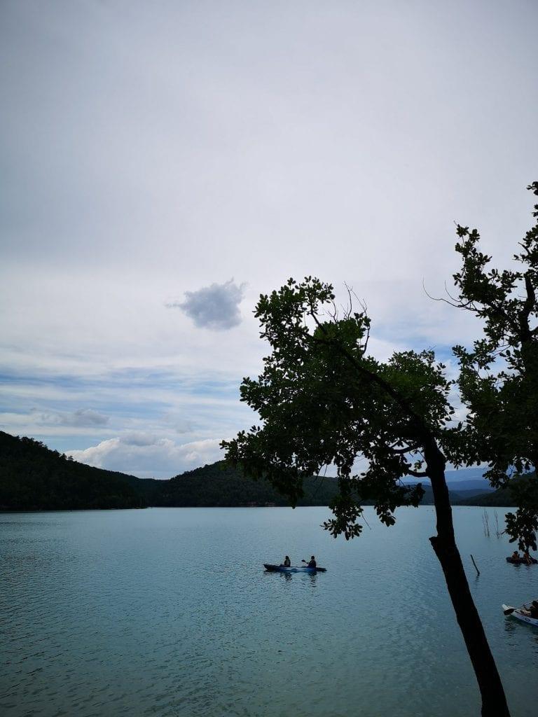 אגם ליד ברצלונה