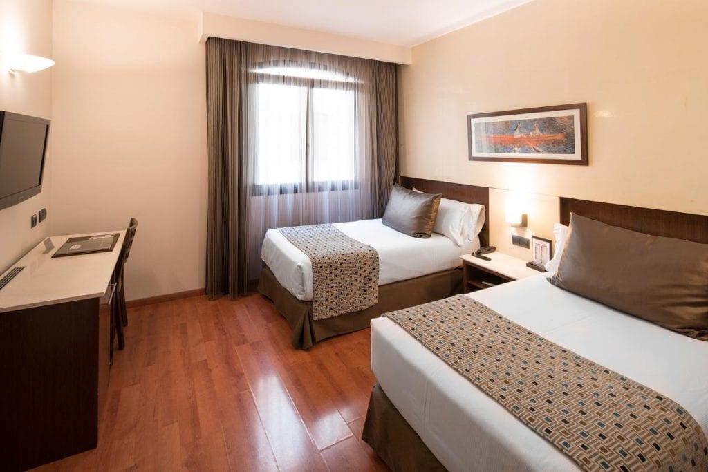 מלון קטלוניה בורן