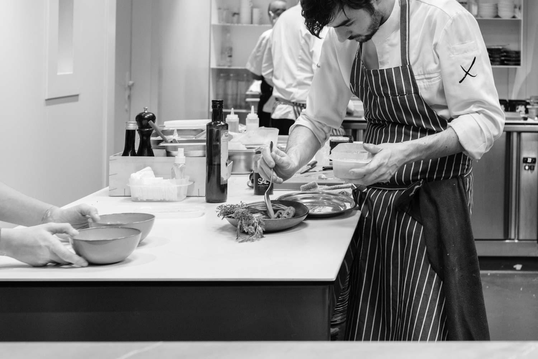 מסעדת חבייר פליסייה סלואו פוד בברצלונה ענבל כבירי מטבח