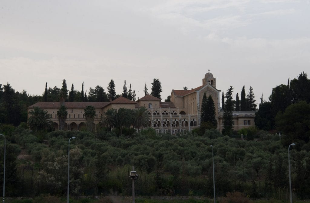 כנסיית לטרון לפני עריכה בלייטרום