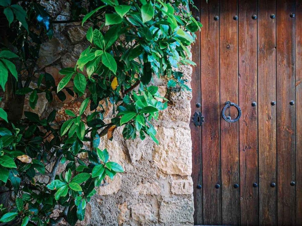 העיירה siurana טרגונה ספרד ענבל כבירי